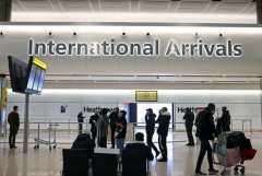 Inggris longgarkan aturan uji COVID bagi penumpang pesawat